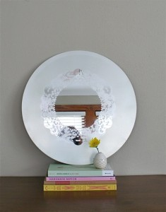 diy-frosted-glass-doily-mirror-3-500x636