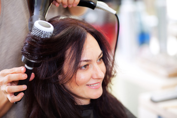Woman-getting-blow-dry