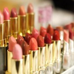 512-Rows_of_lipstick_ImageOokikioo